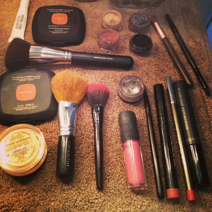 Bare Minerals Makeup Tutorials  Love to go to Hip Chic and all glammed up
