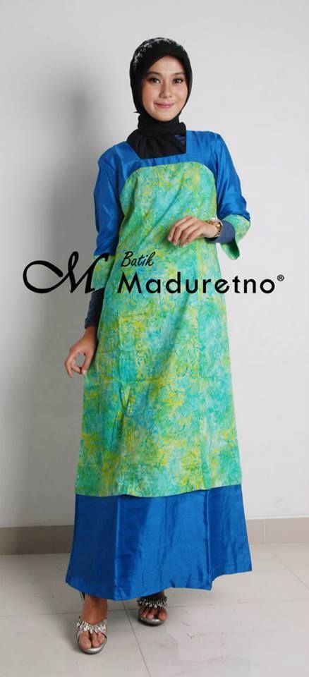 Abaya gamis batik modern, Kode : C-BY-027  Ready size : M, L  Harga : Rp. 276,250   Pemesanan dan info harga bisa melalui inbox Batik Maduretno  atau via SMS only ke 081.703.166.751 or sms/call 081.934639088