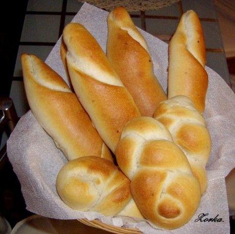 Domácí pekárna - housky, rohlíky, bagety