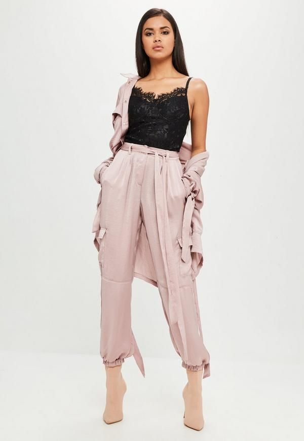 Best Weekend Sales Plus Missguided Discount Code! - Rock.Paper.Glam. #missguided #pink #fall #fashion #style #stylist #shop #shopping #onlineshopping #sale #womensfashion #sweaterweather #winterfashion #fallwinter2017 #pants