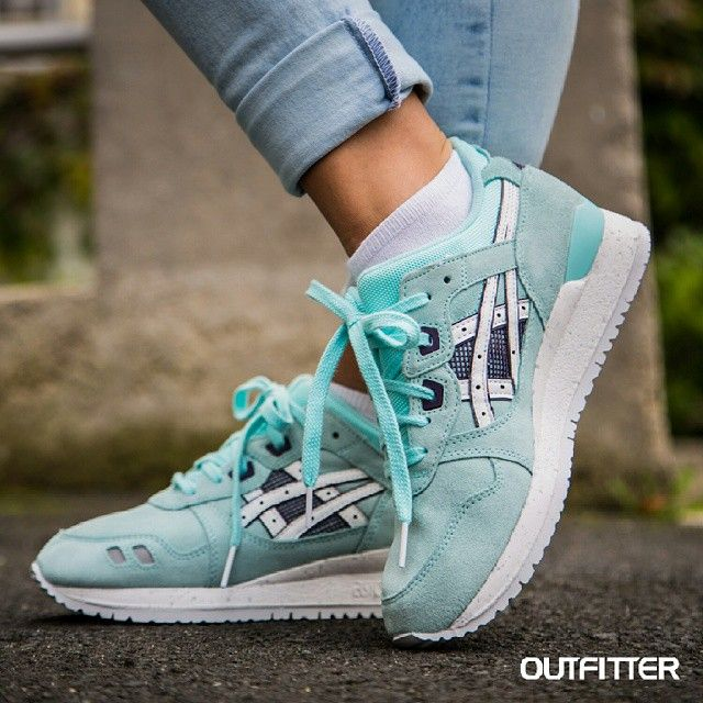 asics gel lyte iii blue red lipstick