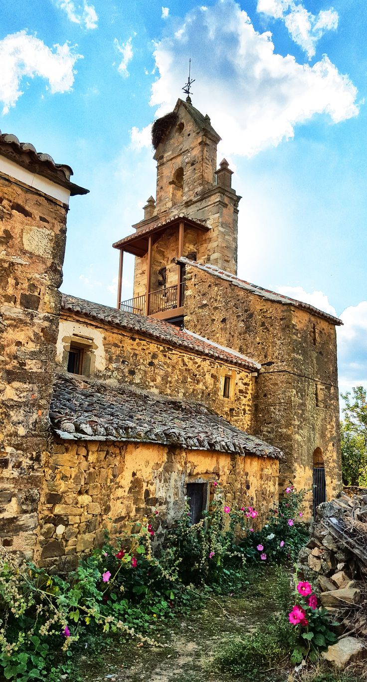https://flic.kr/p/Bwd5uY | Church in El Ganso on the Camino de Santiago