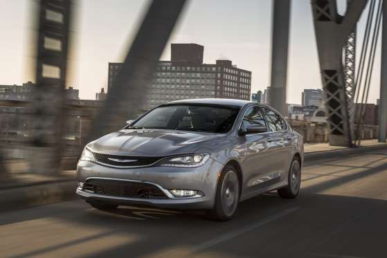 2015 Chrysler 200 - Chrysler www.getdodge.com