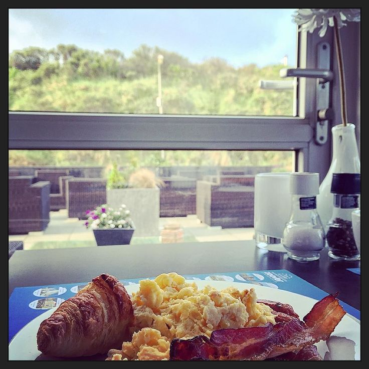 Laten we eens een #hotelontbijtje #eten! ;-)