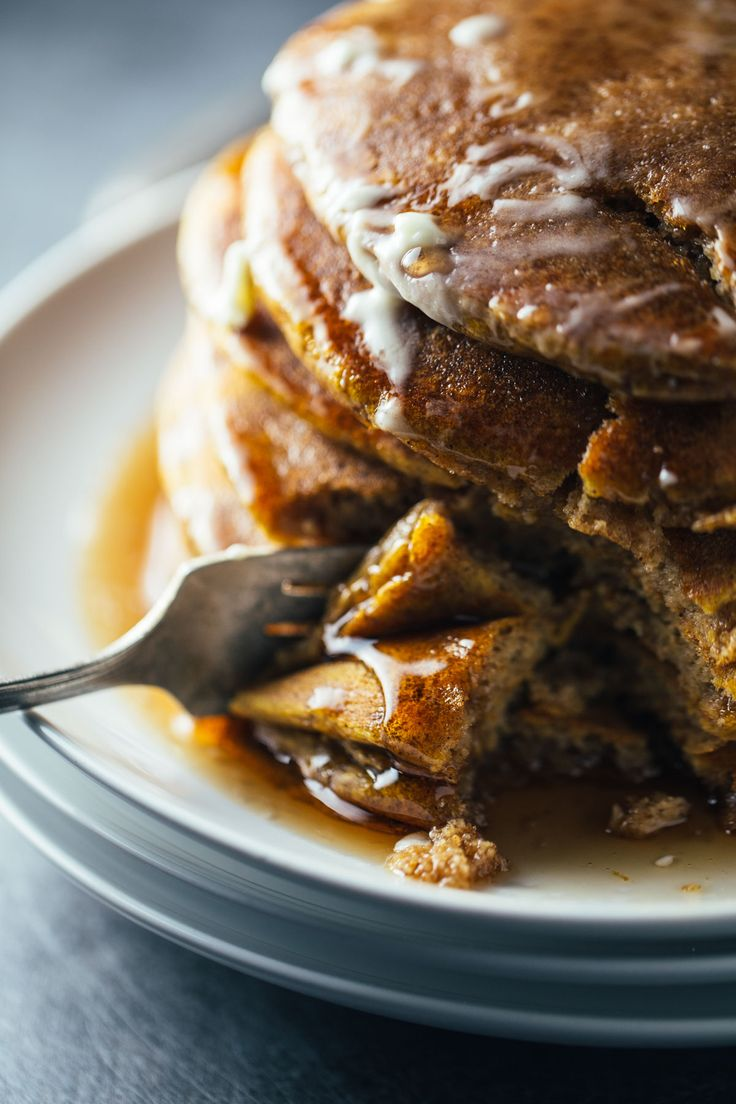 simple cinnamon pumpkin pancakes