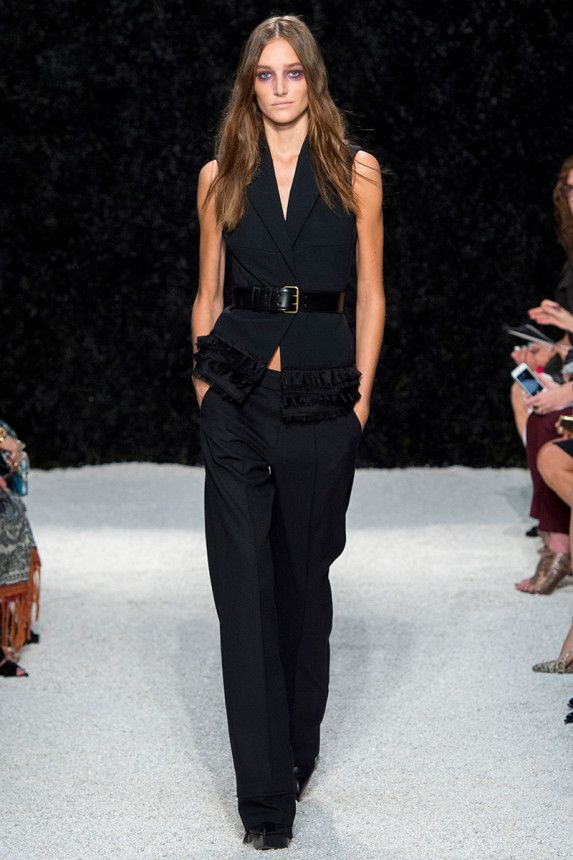 See the Vera Wang Spring 2015 collection on Vogue.com.