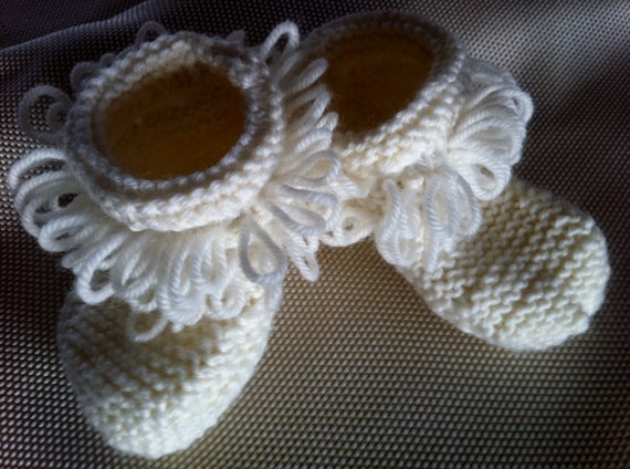 Baby KateKnitted baby shoes Handmade original Soft by BubBoots, $27.95