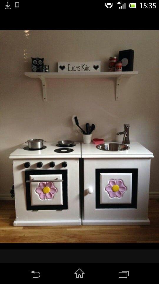 Bygga eget kök av gamla byråar :)