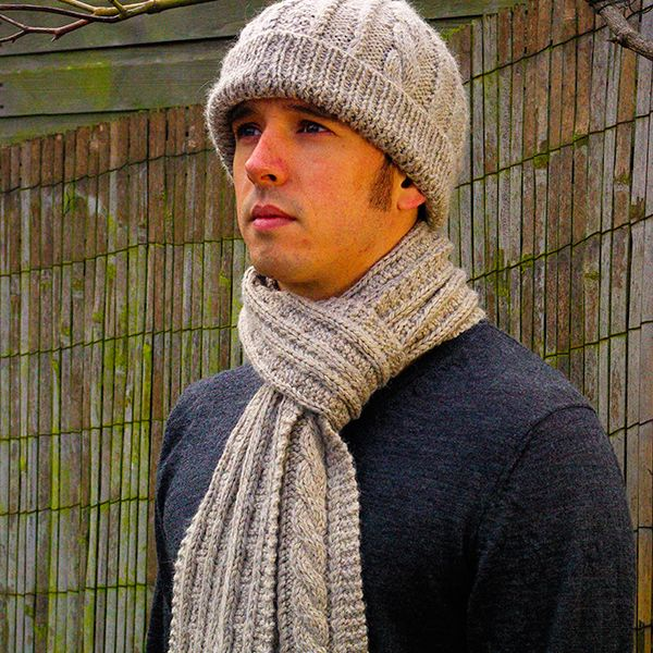Mens Scarf Knitting Pattern and Hat - Warmth, Free Knitting Pattern