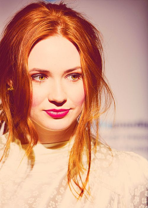 Karen Gillan - I liked her far more than Matt. If not for her I don't know I would have given him a 2nd chance. She just sparkles on screen. I will miss her tremendously.