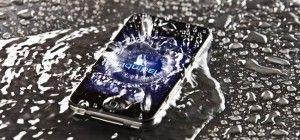 Come far funzionare un telefono caduto in acqua