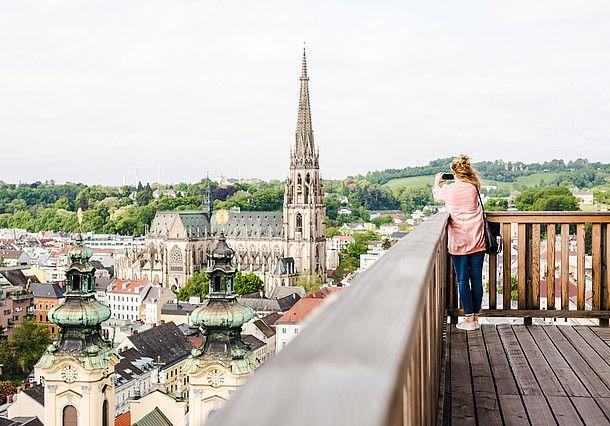Blick auf die Stadt © Oberösterreich Tourismus / Susanne Einzenberger