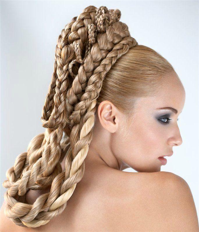 кому картинки красивого плетения волос всего встречается ковровых