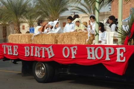 Church Christmas Floats | Photo by: Dennis Jacobelli, Imperial Valley Press Staff Photographer