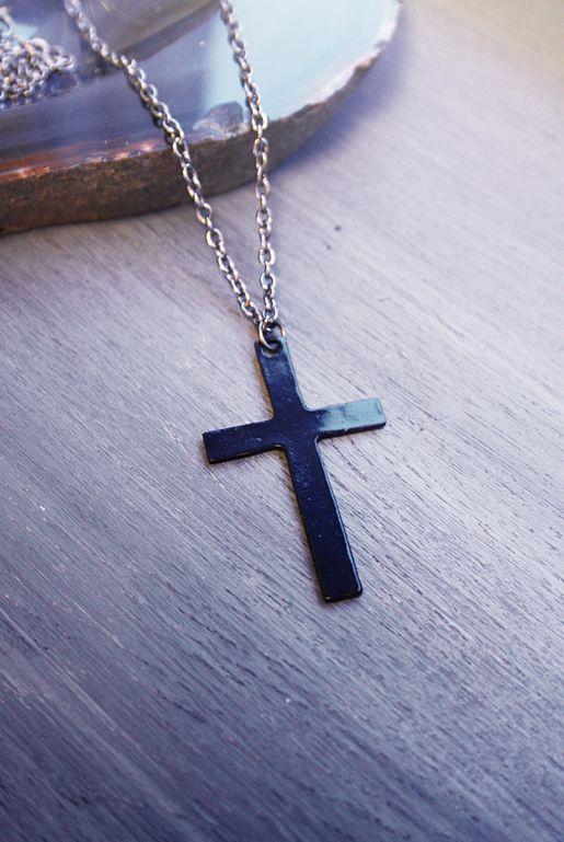 Halsband med svart kors | Foxboheme