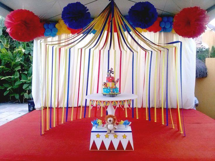 Hoje é dia de Circo!!! | Pequeninos