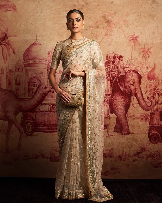 The blouse! <3 Sabyasachi is love. More