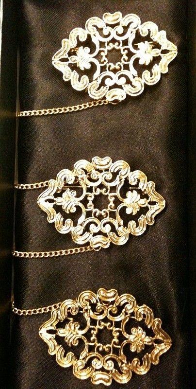 kebaya accessories