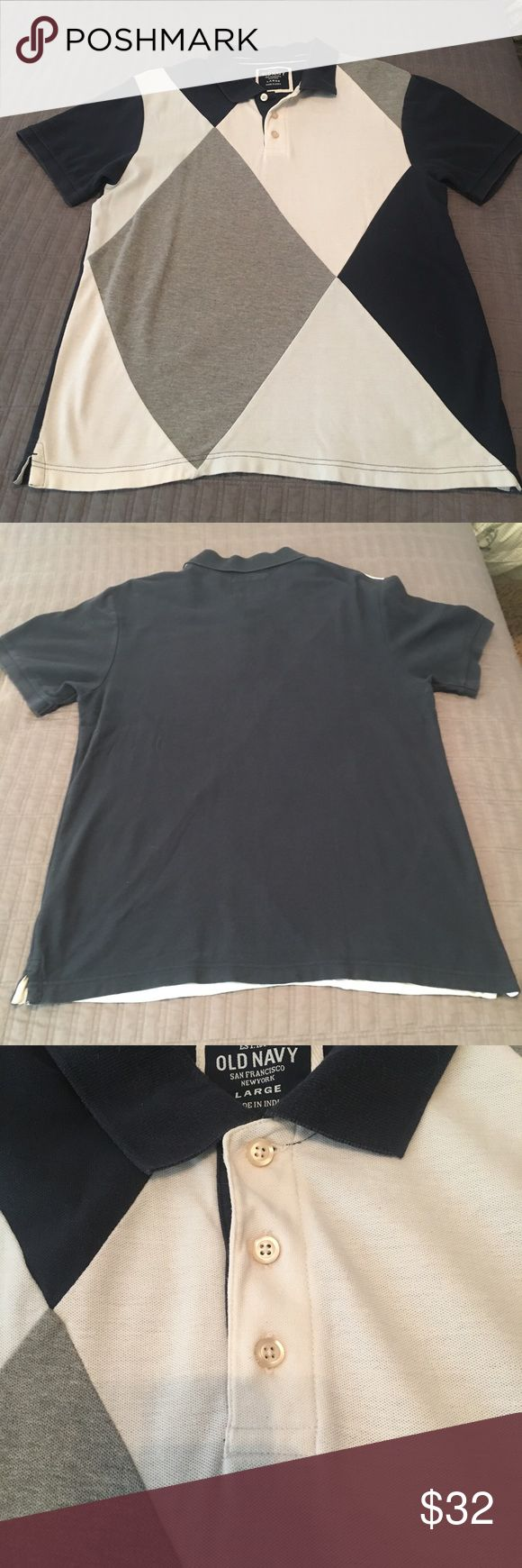 👟SALE👟Old Navy Men's Polo Shirt Argyle style short sleeve men's shirt, it has 3 buttons on the front and 4 different colors on the front including navy, gray, white and light blue. It has been worn a couple times but is still in good used condition. It is a size men's large Old Navy Shirts Polos