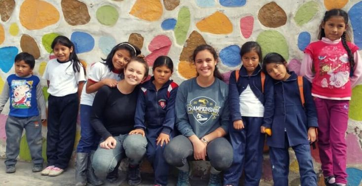 Student Volunteer Abroad Programs with children