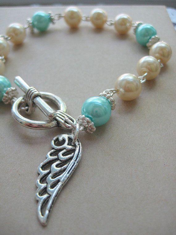 Beautiful glass pearl bracelet