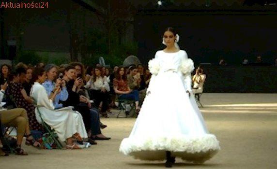 Najbardziej paryska kolekcja w karierze projektanta. Wyjątkowy pokaz mody