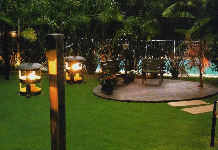 Ter um jardim cheio de luz como os que a revista Casa Claudia traz em suas edições não é mais sonho. Um projeto de lighting designer paisagista resolve esse desejo. O desafio é acessível para todos os gostos, bolsos e projetos.