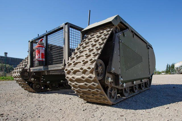 Milrem-successfully-tested-its-first-of-its-kind-Autonomous-Ground-Vehicle THeMIS sistema modulare cingolato autonomo per la fanteria