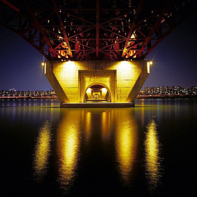 Seongsudaegyo Bridge