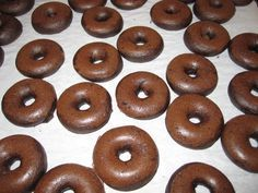 Donut Maker Recipe | Ingredients: * 1¼ cups all-purpose flour * ½ cup cocoa * ½ cup sugar * 1 tablespoon baking powder * 1 egg * ¾ cup buttermilk * ¼ cup vegetable oil * 1 teaspoon vanilla Directions: 1. Stir dry ingredients together in mixing bowl. Add egg, buttermilk, vegetable oil and vanilla. Using a mixer on medium speed, blend until smooth. 2. Fill each cooking reservoir with about 2 tablespoons of batter.