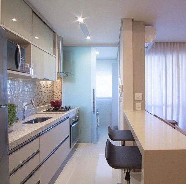 cozinha pequena com bancada