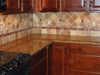 travertine tile backsplash | Noche Blend Tumbled Travertine with Glass  Accents - 20+ Best Ideas About Travertine Backsplash On Pinterest Small