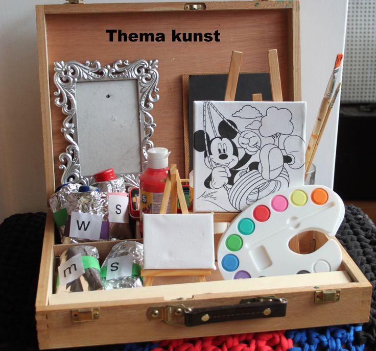 Verzamel voorwerpen die met het thema kunst te maken hebben. Woordenschat