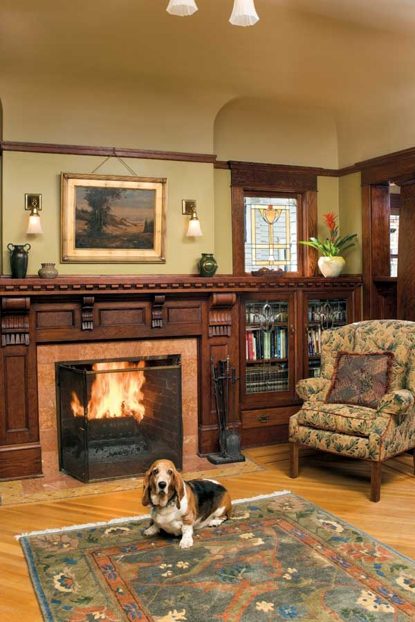 253 best craftsman living rooms images on pinterest for Craftsman bungalow interior paint colors
