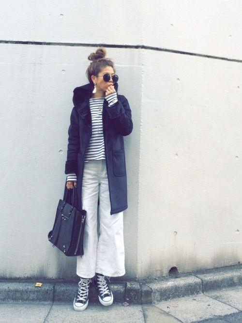 冬になると恋しくなるムートンコート。今年も様々なブランドで可愛いムートンコートたちが揃っています。ショート丈から今年流行りのムートンコートまで集めました!ガーリー系からカッコイイ系まで色々なファッションが楽しめるムートンコートに注目です♡
