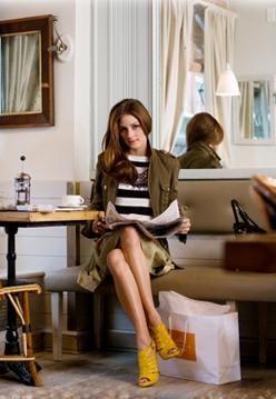 .Yellow Fashion, Fashion Shoes, Fashion Style, Palermo Style, Girls Fashion, Olivia Palermo, Roberta Freymann, Girls Shoes, Mustard Yellow