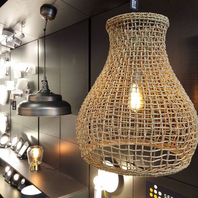 Faboulous Seagrass luminaire  By Rydens. Come and have a look! #sähkömessut #sähkötelevaloav #sessak #sessaklighting #byrydens #interiorlighting #sisustusinspiraatio #sisustus #scandinaviandesign #scandinavianlighting #interor123 #ravintolasisustus #lighting #architecturallighting #jyväskylä