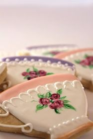 Love the color at the top & bottom and trim work - Sugar Bea's Blog: Tea Cup Cookies {for a tea party}