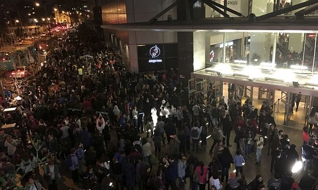 More than one million people have been evacuated in Chile after an 8.3-magnitude earthquake hit the country's central region. At least five