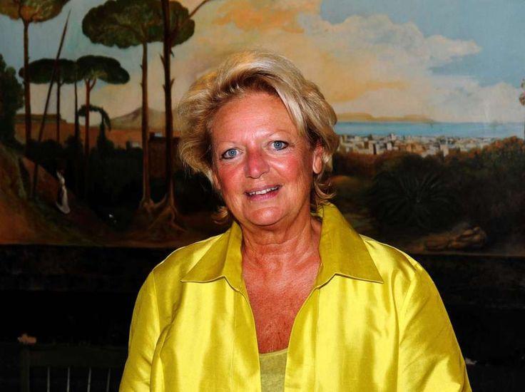 Riapre l'antico Setificio dei Borbone, a inaugurarlo la principessa Beatrice. a cura di Michela Lagnena - http://www.vivicasagiove.it/notizie/21620-2/