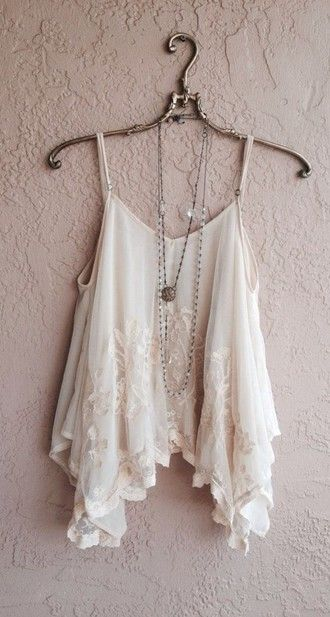 tank top lace girly vintage hipster white white lace crop tops t-shirt cropped flowy top blouse jewels jewelry bracelets jewelry jeans earphones