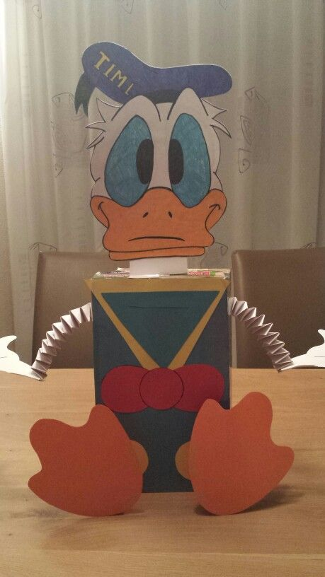 Sinterklaas surprise Donald Duck