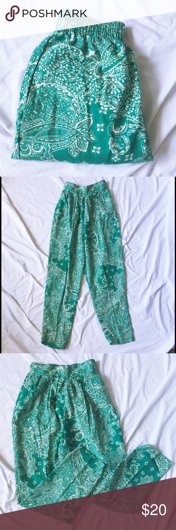 "VINTAGE High Waisted Trousers High Waisted Green Bandana Print Trousers • Women's size Medium • Length 40"" • Inseam 25"" • Rise 14"" • cute print - love these !! • same / next day shipping 💌 Pants Trousers"