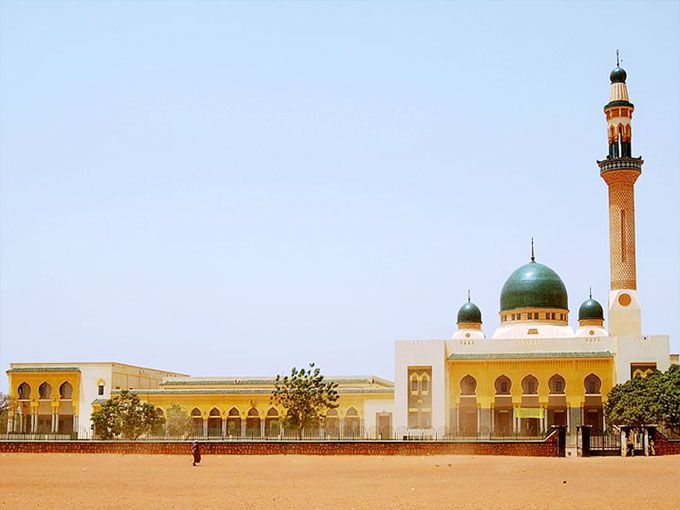 the-grand-mosque-in-niamey-niger.html