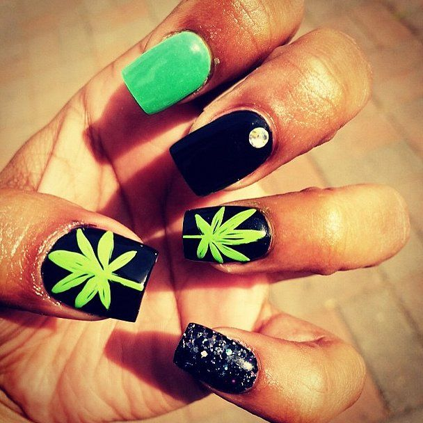 Black and Green // Weed-Inspired Nail Art Ideas