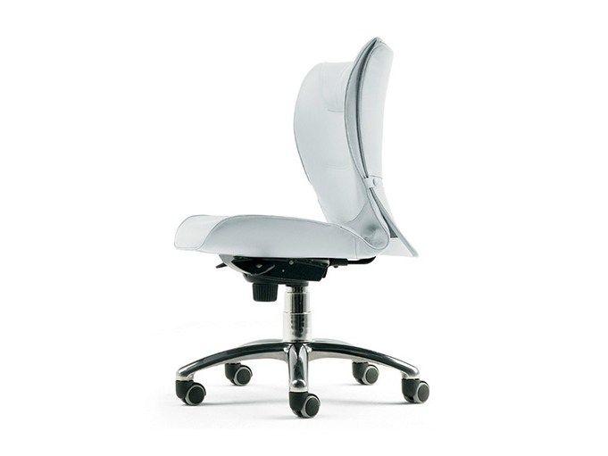 下载产品目录,并向制造商Brief   工作椅 by Poltrona Frau,索取工作椅 设计师Emilio Ambasz , The Office - Office Chairs系列的报价