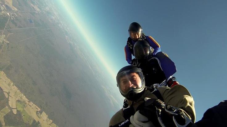 Skydive Train