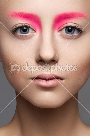 hot pink brows and nude makeup