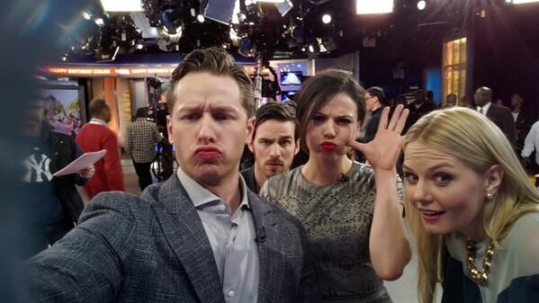 "Show us that #duckface ... just ""Once!"" The cast of ABC's hit show is rocking the GMA Twitter Mirror! For more great GMA Twitter Mirror pics, CLICK HERE: http://gma.yahoo.com/photos/twitter-mirror-1395165719-slideshow/"