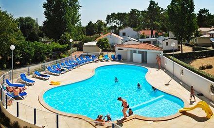 Camping avec piscine en Vendée au bord de la mer: En promotion à 145€. Camping 4* situé près de l'océan à La Tranche-sur-Mer, doté d'une…